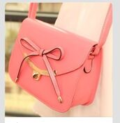 bag,light pink purse,bow,over the shoulder purse