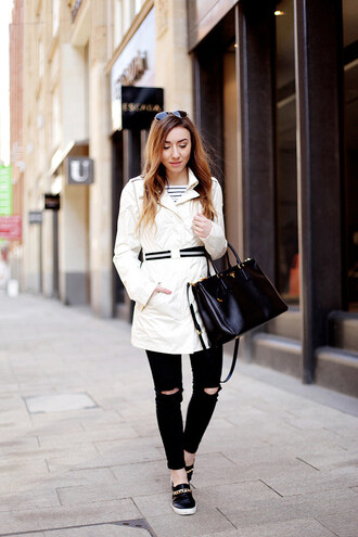 flirting with fashion blogger coat shirt jeans bag sunglasses