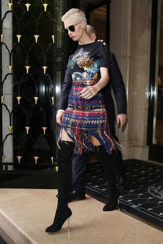 skirt boots model off-duty mini skirt cara delevingne sunglasses top paris fashion week 2017 fashion week 2017