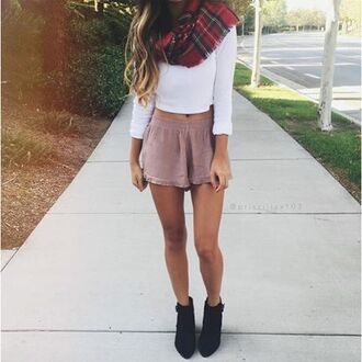 white crop tops fall outfits tartan scarf dusty pink shorts velvet cute shorts