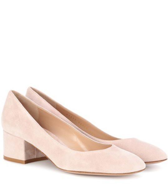 Gianvito Rossi suede pumps pumps suede pink shoes