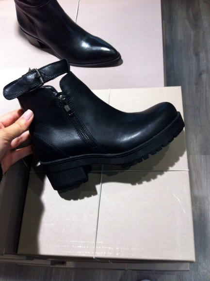 leather black boots shoes booties boots black shoes black want want want boots leather