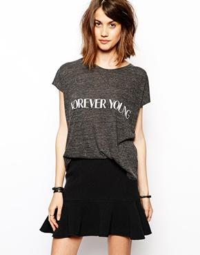 "Shirt mit ""forever young"""