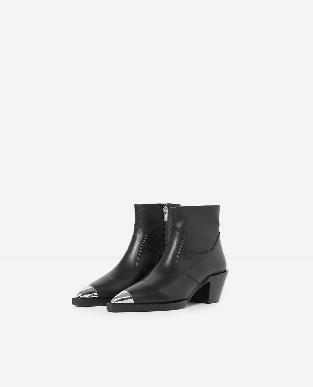 Heeled western- and rock-style boots