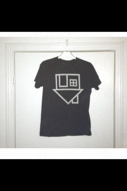 t-shirt black white the neighbourhood