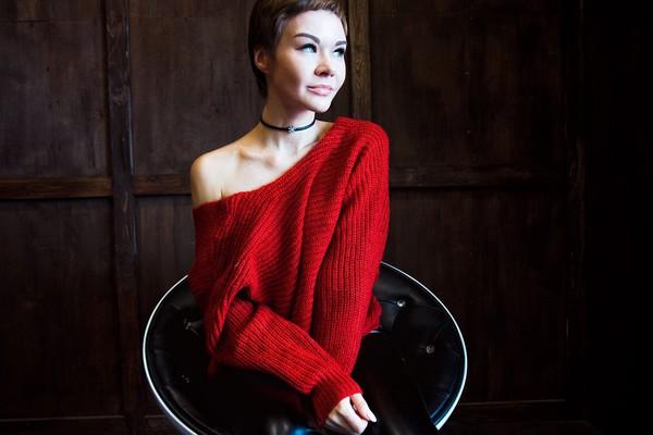 gvozdishe blogger sweater shoes pants jewels