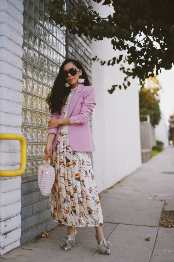 hallie daily blogger jacket skirt top shoes sunglasses jewels bag blazer pink jacket pleated skirt pumps