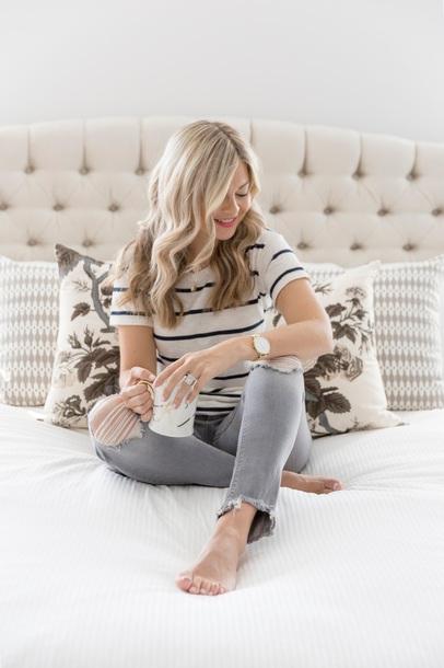 t-shirt skinny jeans distressed denim blogger blogger style striped t-shirt