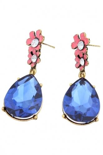 jewels demure water drop stud earrings