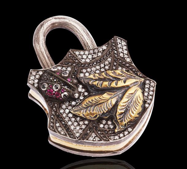 jewels necklace pendant jewelry pendant fashion pendant locks lock pendant diamonds gold pendant diamond jewelry fashion jewelry handmade jewelry designer jewelry charm pendant