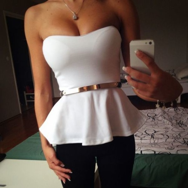 t-shirt white top peplum top black pants belt peplum shirt pants