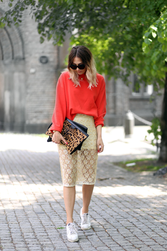 top tumblr orange bag clutch leopard print skirt midi skirt nude skirt lace skirt sneakers white sneakers low top sneakers sunglasses shoes