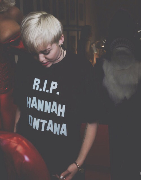 shirt miley cyrus mileys outfit t-shirt t-shirt black hannah montana alternative miley cyrus shirt rip rip hannah montana graphic tee tv shows black shirt fashion rip hannah montanna miley cyrus shirts with sayings