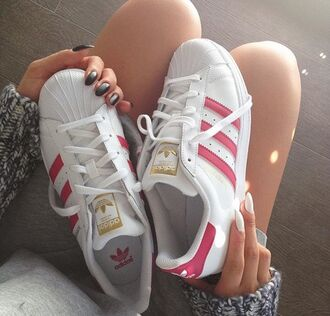 shoes adidas adidas superstars adidas shoes sneakers pink swag white sneakers white mens low top sneakers