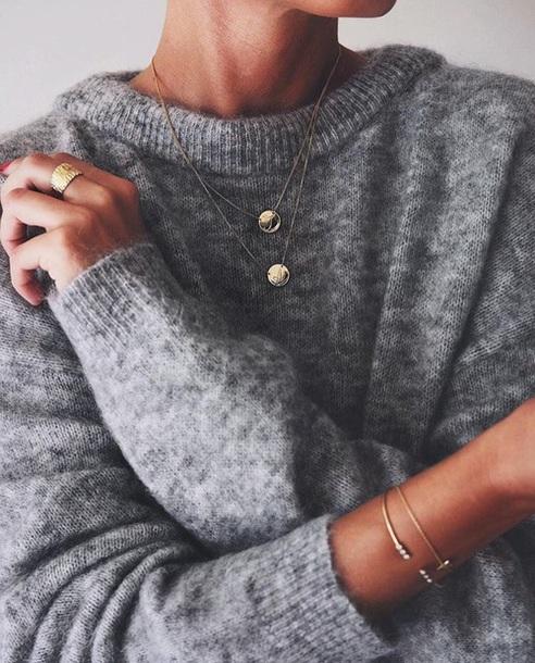 sweater minimalist jewellery jewelry gold necklace necklace grey sweater