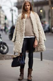 coat,faux fur,jacket,warm,long coat,fuzzy coat,beige fluffy coat,white fluffy coat,teddy bear coat