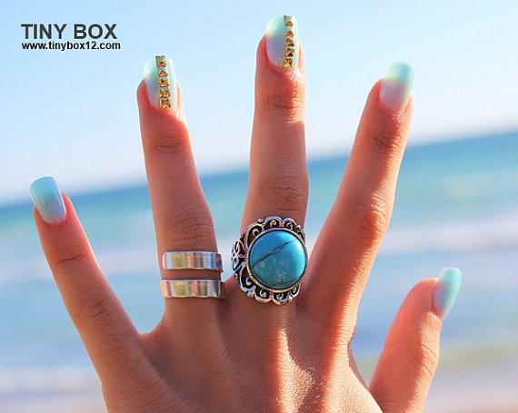 Big Bold Anweisung Ring  Stone Ring  Türkis Ring  von TinyBox12