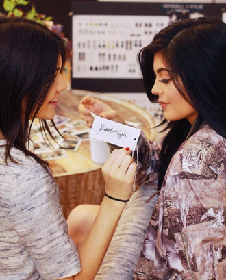 jacket top kendall and kylie jenner kendall jenner kylie jenner
