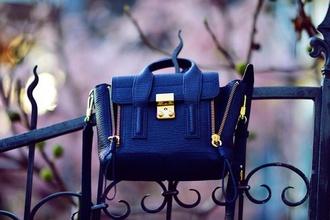 bag black gold classy