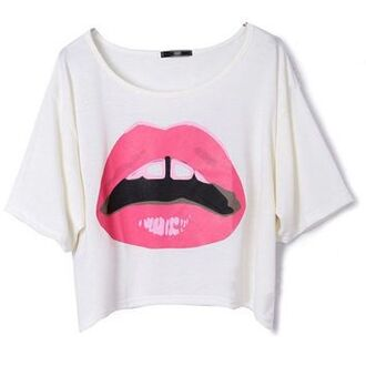 shirt t-shirt lipstick pink white white shirt dance boxy top boxy shirt loose boxy top white top pink lipstick cute girly lip print