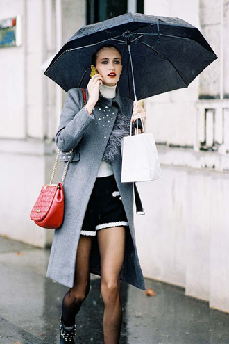 coat tumblr grey coat umbrella bag red bag chain bag shorts top white top turtleneck white turtleneck top tights