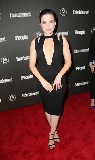 shoes sandals sandal heels sophia bush black dress sexy dress plunge v neck plunge dress clutch bodycon dress midi dress