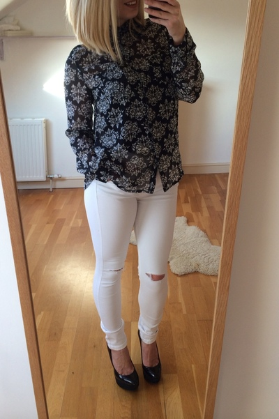 White ripped harlow jeans