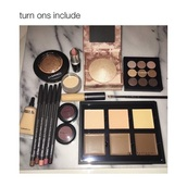 make-up,highlight,eye shadow,contour,lipstick,mac cosmetics,anastasia beverly hills,gold highlighter,concealer palette,gold,pink,nude,beautiful