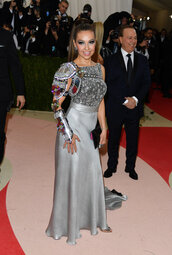 dress,thalia,gown,silver,metallic,met gala
