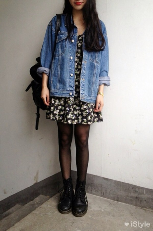 dress floral dress grunge soft grunge teenagers hat denim jacket jeans black dress floral backpack leather bag bag jacket shoes black floral dress black flowers dress with flower denim jacket vintage coat denim tights amazing martins bag socks daisy white loose floral dress denim jacket coat flowers style length patterned dress