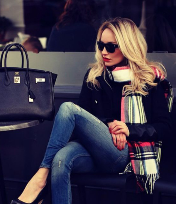 scarf jeans ripped jeans high heels tote bag for women flannel scarf plaid black red white blue  scarfrf burberry sunglasses checkered.chequered plaid winter outfits fall outfits fashion red boyfriend jeans black heels bold lips