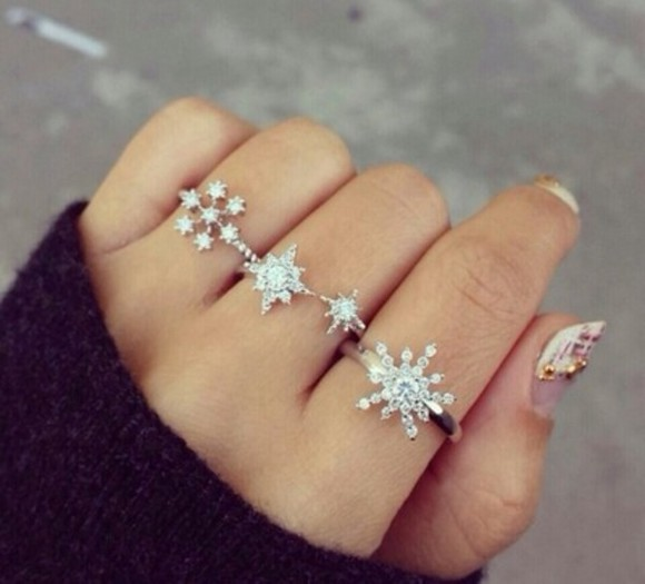 jewels ring silver ring diamond crystal snow flakes sparkles rings silver rings snowflakes pretty cute jewelry snowflake snow rings diamonds silver three rings three hand jewelry