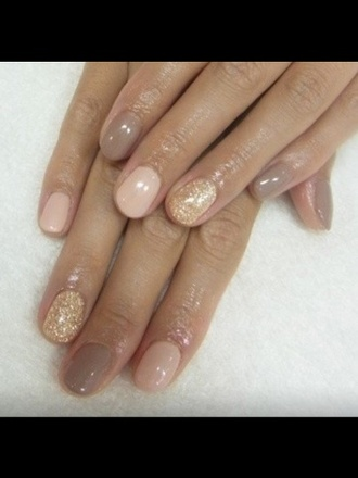 nail polish nail art cream and gold finger nails gold nails nails