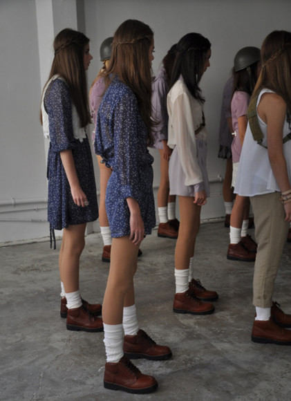 shoes tumblr dress brown shoes fashion girl girls model socks boots