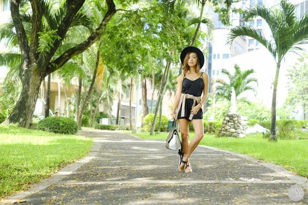 kryzuy blogger cardigan bag summer outfits jumpsuit