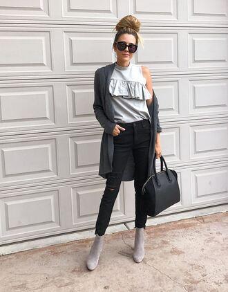 hello fashion blogger cardigan sweater