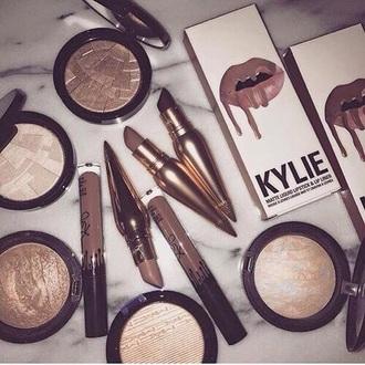 make-up kendall + kylie label