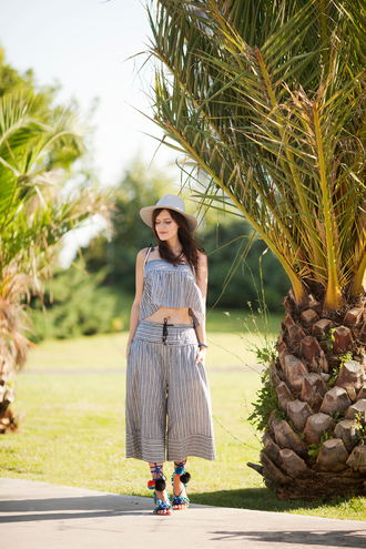 the bow-tie blogger shoes bag hat pom pom sandals palazzo pants striped pants culottes wide-leg pants crop tops striped top summer hat sandals sandal heels high heel sandals summer outfits summer top