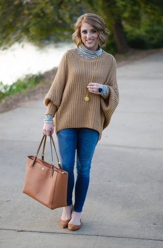 something delightful blogger sweater jewels bag tote bag skinny jeans ballet flats fall outfits