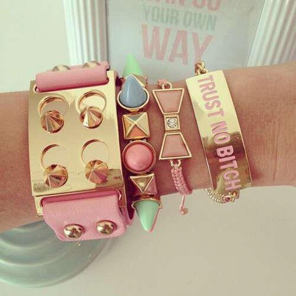 pink jewels jewels pretty pink jewelery jewelry so cute girls cute bracelet pink miley cyrus rosy pastels