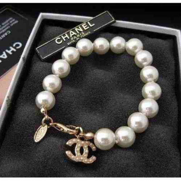 jewels pearl chanel coco channel bracelets jewelry bracelets
