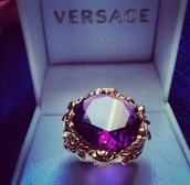 jewels,ring,versace,violet,gold,classy,purple,gorgeous,gold details,diamonds,night
