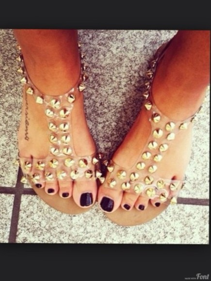 shoes gold rivets flat sandals summer shoes studded shoes cute studs sandals studded sandals studded shoe tumblr gold studs gold stud gold studded gold studded sandals straps sandal straps studded sandal straps