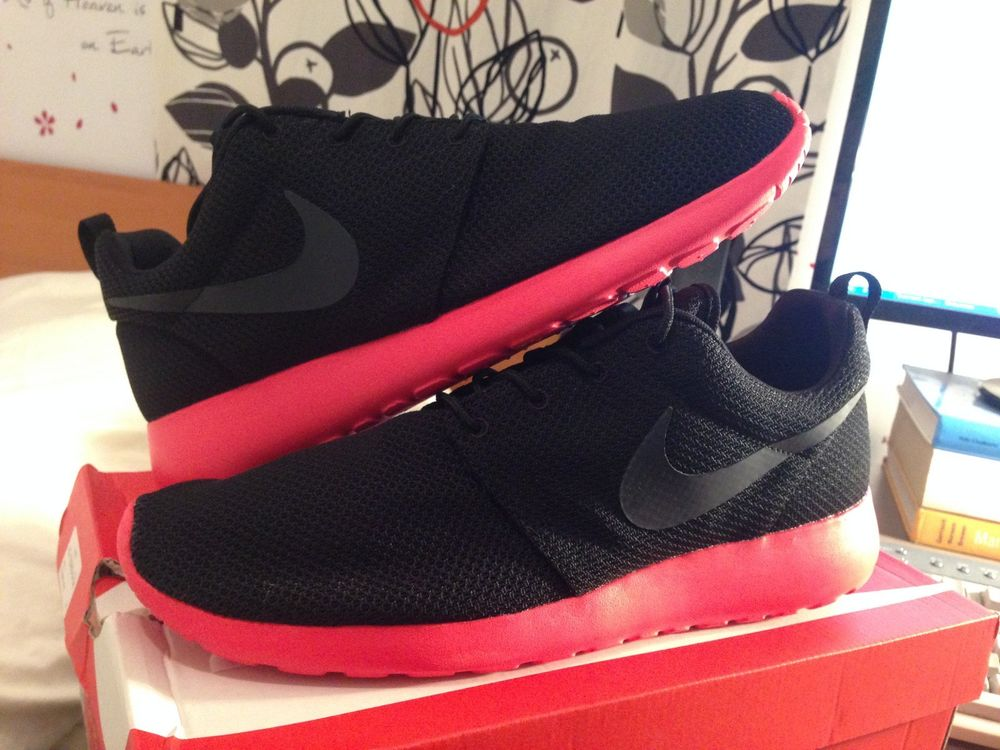 pretty nice 0fd98 bdbce Nike Rosherun Roshe Run Black Anthracite Siren Red 511881 01