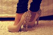 spikes,spiked shoes,platform pumps,party shoes,shoes,heels,beige,gold,tumblr,cute,high heels