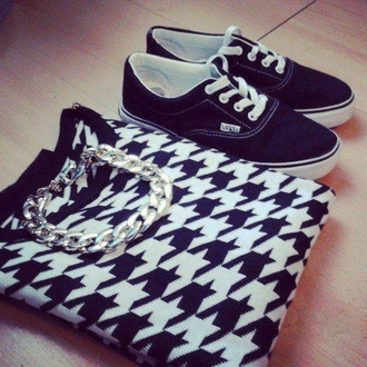 style shoes sweater