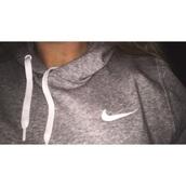 sweater,sweatshirt,grey,grey sweater,nike,nike sweater,nike free run,nike sportswear