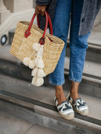 bag tumblr tassel espadrilles woven bag white beach bag shoes flats