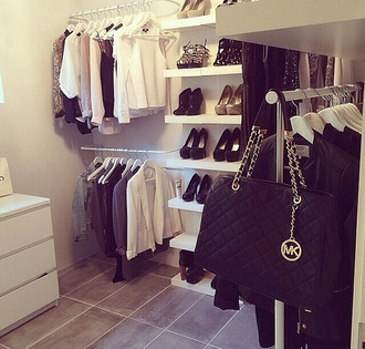 blouse white classy leather black bag belt shoes heels white heels dress black leather skirt white blazer wedding clothes glitter classy girls wear pearls classy bag little fashion clothes girl pretty