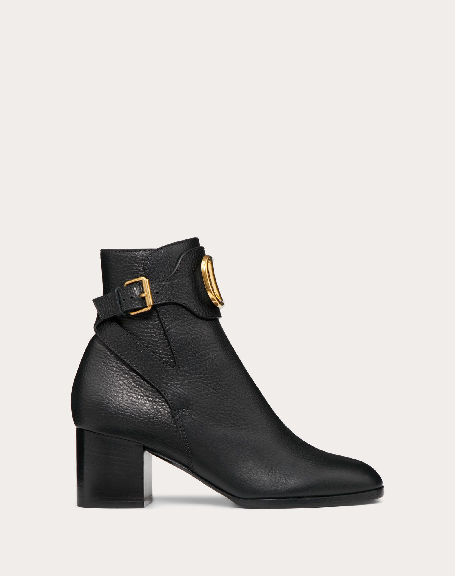 VLOGO Grainy Leather Ankle Boot 60 mm for Woman | Valentino Online Boutique